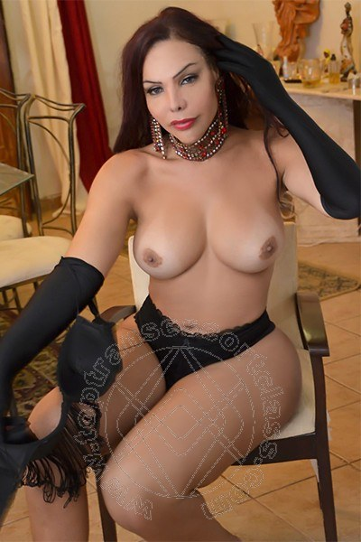 Loren La Julia  GALLARATE 3248092937